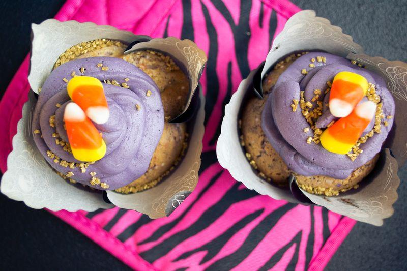 Halloween cupcakes (9 of 12)