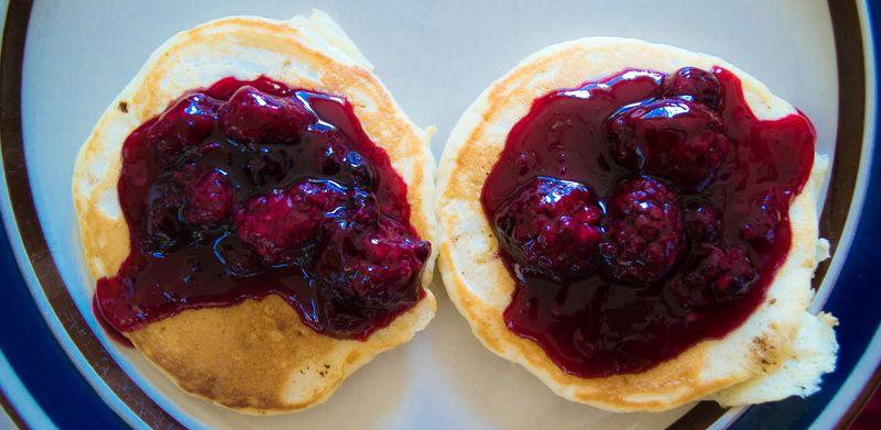 Berry pancakes (1 of 4)